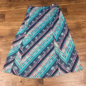 Maurices :NWT Plus Size Maxi skirt size 1 (16)